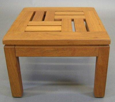 Exceptional Chow Table: Geometric Slat Openwork Top