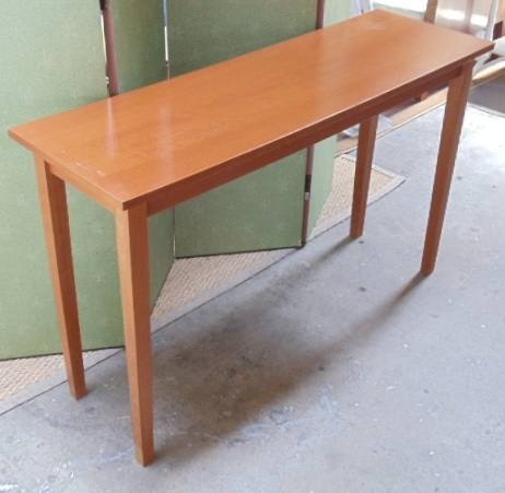 Console Table Maple Light Wood