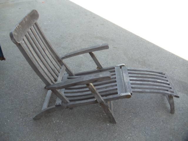 Chaise Lounge: Steamer Deck Chair: U2026